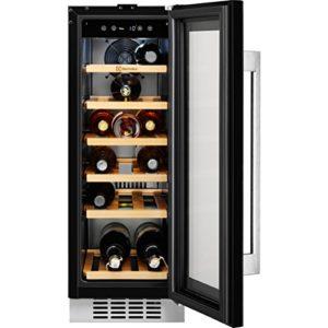 Electrolux ERW0673AOA refroidisseur à vin Intégré Noir Refroidisseur de vin compresseur A – Cave à vin (Intégré, Noir, Noir, 6 étagères, 1 portes(s), Noir)